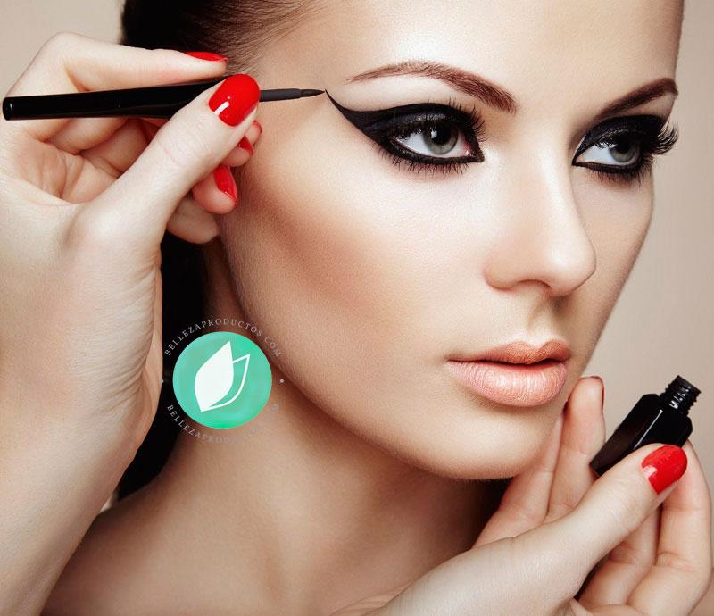 Trucos Para Aplicar El Eye Liner De Manera Fácil